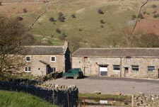 farm house in the village of reeth